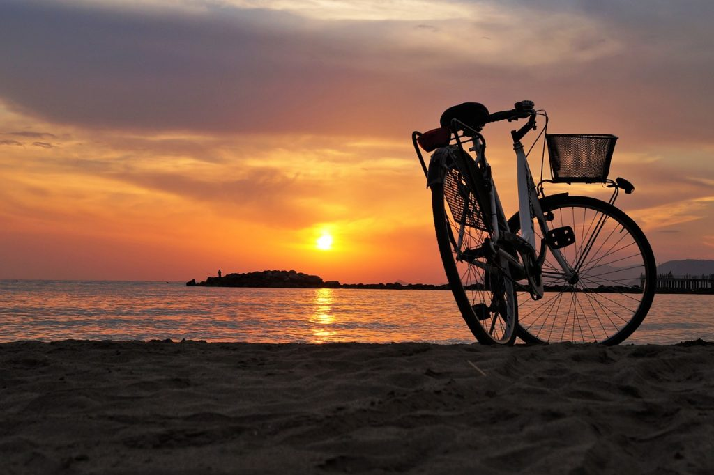 bike 1700749_1280