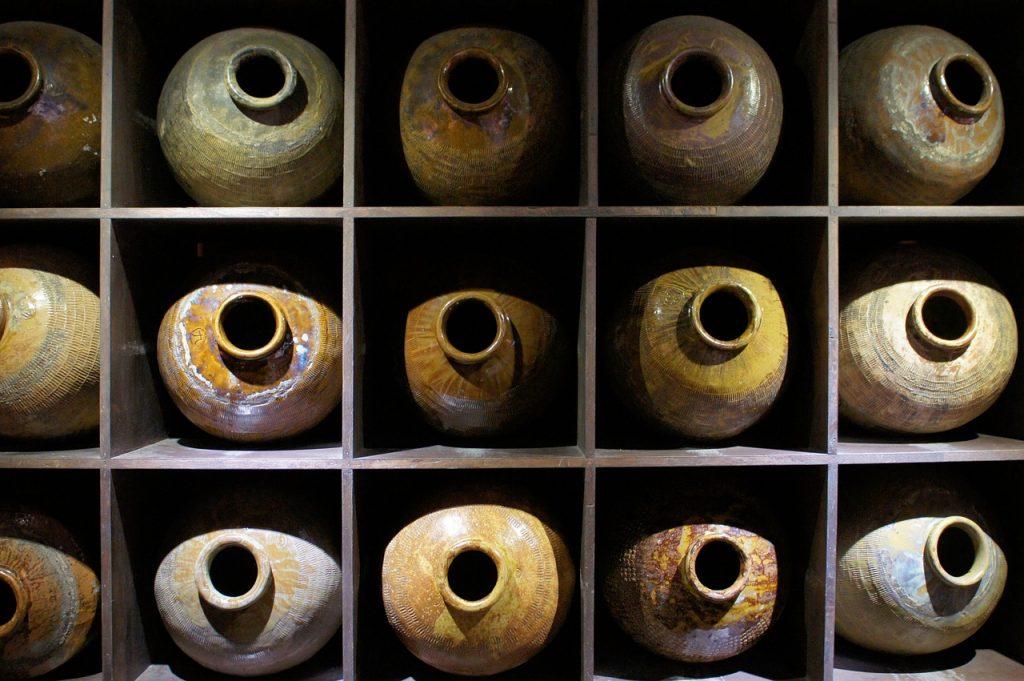 wine facility 656944_1280